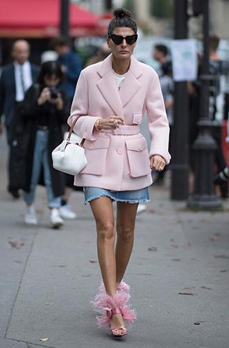 Фото №13 - Как носить самые модные юбки сезона: мастер-класс от звезд street style хроник
