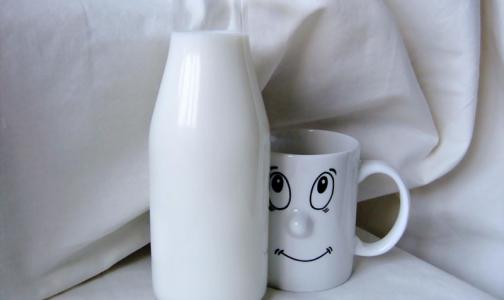 Фото №1 - «Детокс» молоком и мандарины для бодрости. Врач дал совет, как прийти в себя после праздников