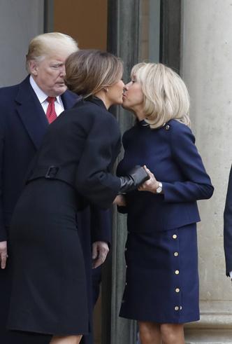 Фото №10 - 18 фотографий Брижит Макрон и Мелании Трамп, доказывающих, что их дружба – это серьезно