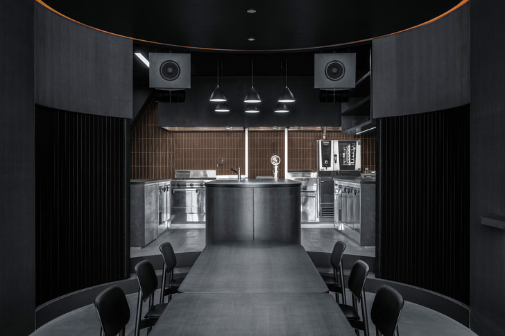 Фото №6 - Ресторан и бар Burnside в Токио по проекту Snøhetta
