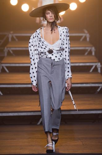 Фото №23 - Fashion director notes: май – что-то старое, что-то новое, что-то голубое