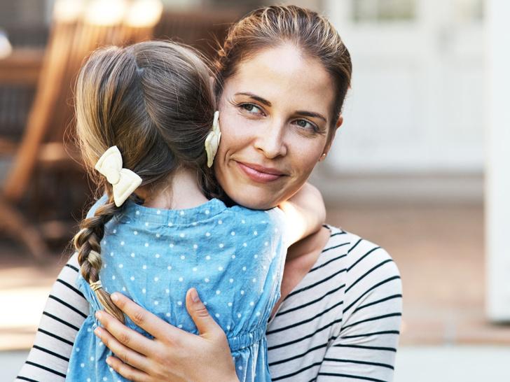 Фото №1 - Кнут и пряник: за что детей нужно хвалить, а за что— нельзя