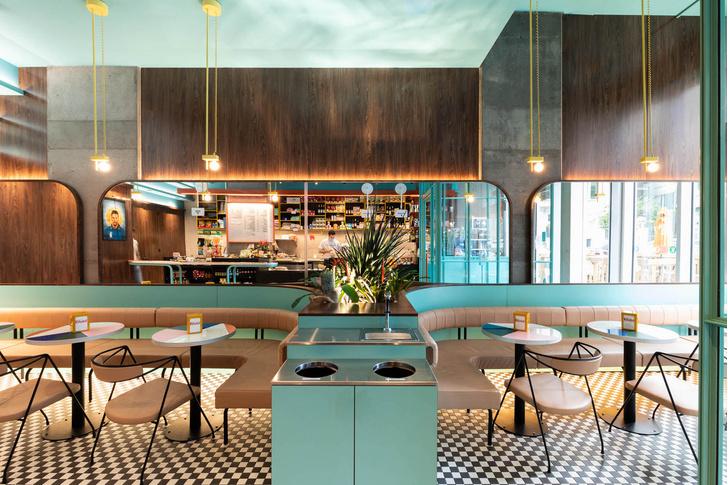 Фото №1 - Кофе-бар с расслабленной итальянской атмосферой в Монреале