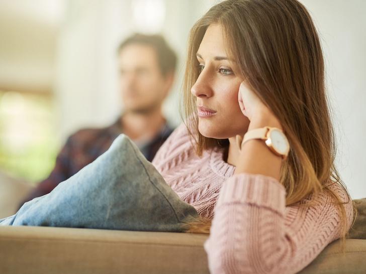 Фото №1 - 10 бытовых привычек, которые могут разрушить самые крепкие отношения
