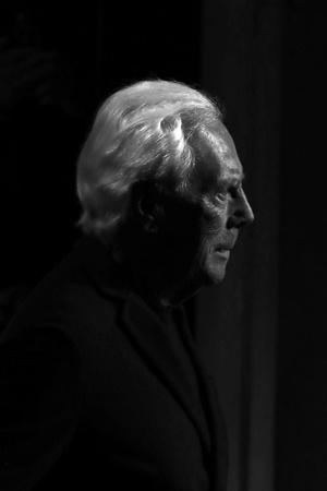 Фото №2 - «Элегантность не бросается в глаза, она остается в памяти»: 7 мифов о Джорджо Армани