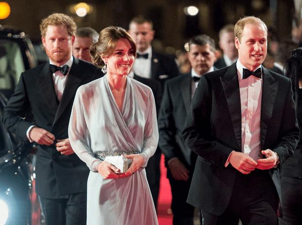 Фото №1 - Не просто жена брата: принц Гарри и его особые отношения с герцогиней Кейт