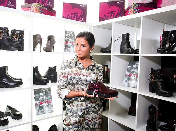 Фото №1 - Нюша создала коллекцию обуви для Betsy