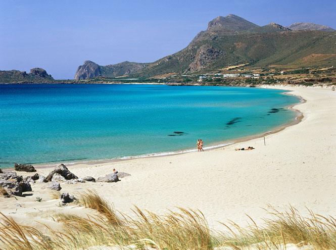 Фото №3 - 20 секретных пляжей самых известных курортов