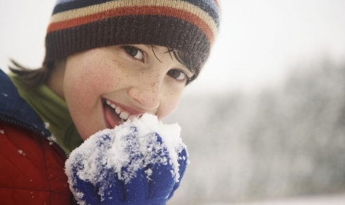 Фото №1 - Как правильно гулять с ребенком зимой