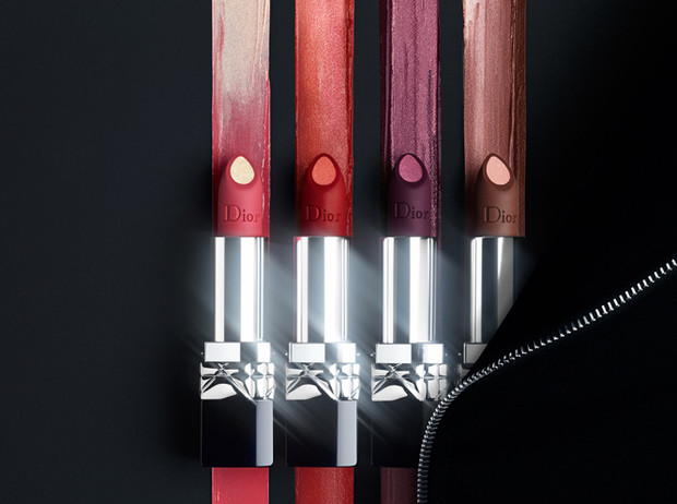 Фото №3 - Глубокий черный и матовый металлик: Dior завораживает новыми губными помадами