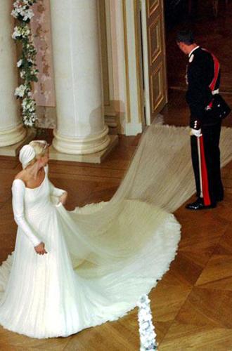 Фото №25 - Самые забавные моменты на королевских свадьбах (истории в фотографиях)