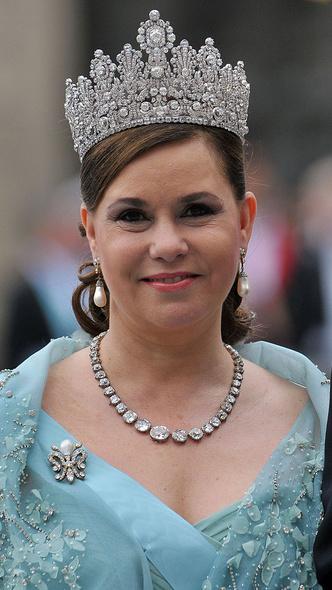 Фото №3 - Самые красивые и дорогие тиары королевской семьи Люксембурга