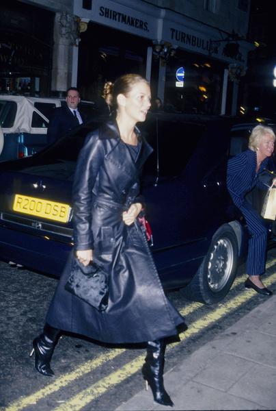 Фото №4 - Звезды, которые 20 лет назад одевались так круто, как многие не смогут и сегодня