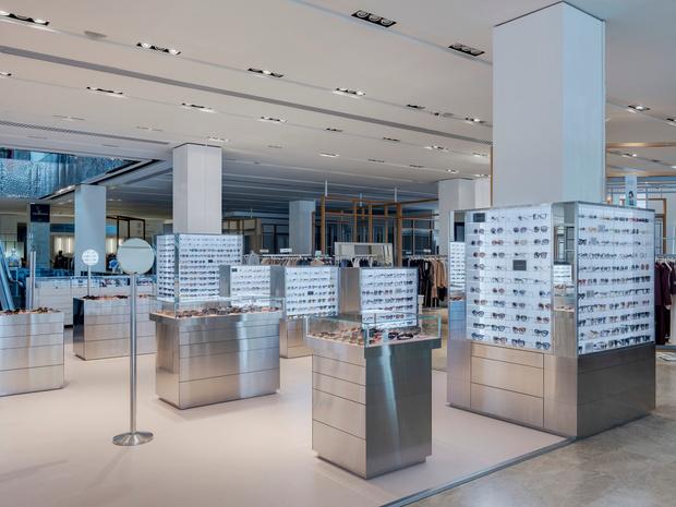 Фото №8 - Обновленный корнер Ochki Boutique в универмаге «Цветной»