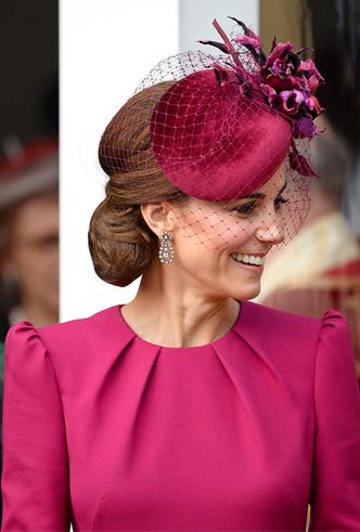 Фото №7 - Новые правила: как изменился стиль гостей на королевских свадьбах за последние 10 лет