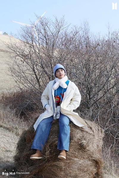 Фото №4 - Снежные ангелы: Big Hit Entertainment выложил 65 новых фото BTS 😍
