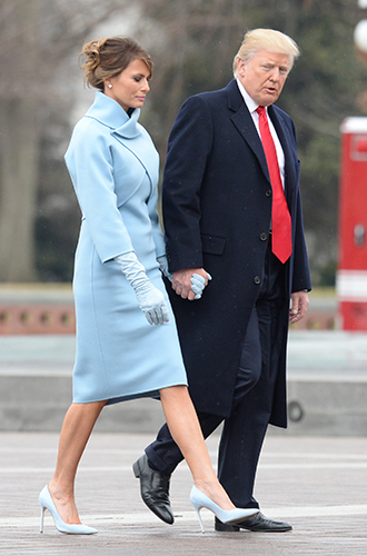 Фото №2 - Рождение fashion-звезды: Мелания Трамп на инаугурации