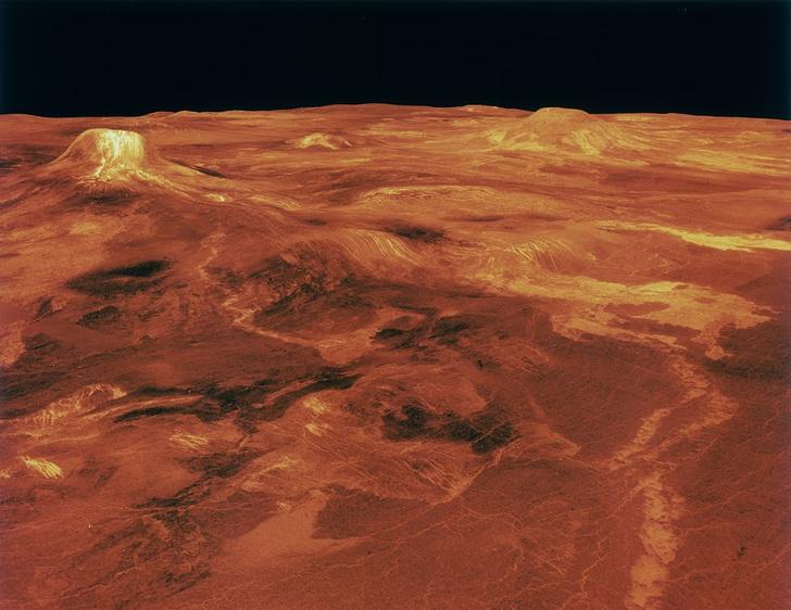 Фото №1 - Раскрыта тайна малочисленности вулканов на Венере