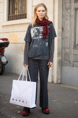 Фото №16 - От принта: какую футболку надеть, чтобы быть в тренде
