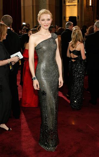 Фото №12 - Выход на миллион: самые дорогие платья звезд в истории красных дорожек