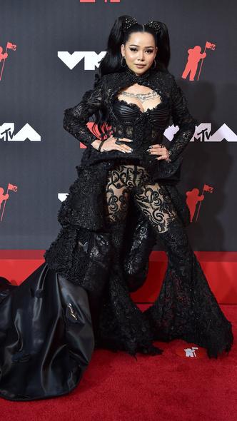 Фото №36 - Премия MTV VMA 2021: лучшие, худшие и самые яркие образы церемонии
