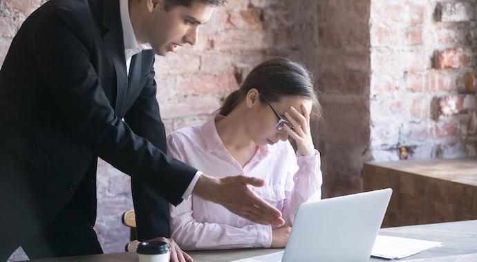 6 токсичных фраз, которые можно услышать на работе