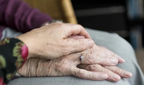 Фото №1 - Специалисты рассказали, какое питание нужно пожилым и долгожителям