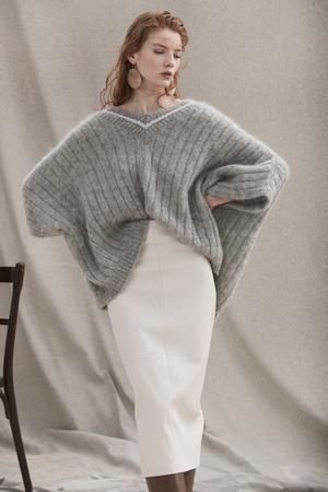 Фото №10 - Все связано: 5 самых модных свитеров для зимы 2020/21