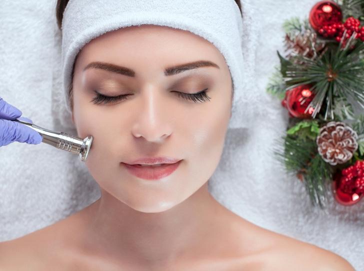 Фото №1 - Советы дерматолога: как ухаживать за кожей, чтобы она пережила праздники
