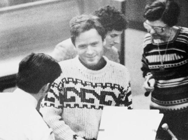 Фото №2 - Чистое зло: история Теда Банди – «самого красивого серийного убийцы Америки»