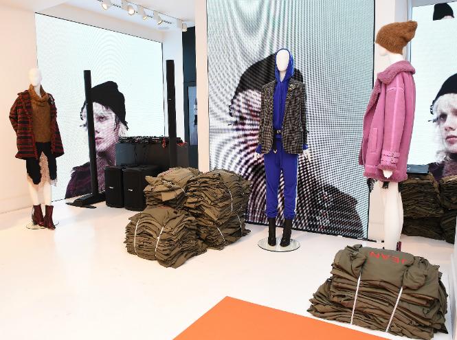 Фото №1 - Новый проект Pinko представлен в Милане