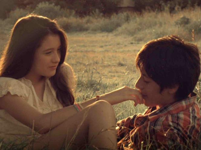 Фото №5 - Love is: 6 коротких фильмов о любви