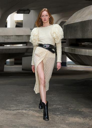 Фото №2 - Завораживающий образ парижанки будущего: в коллекции Isabel Marant осень/зима 2021-2022