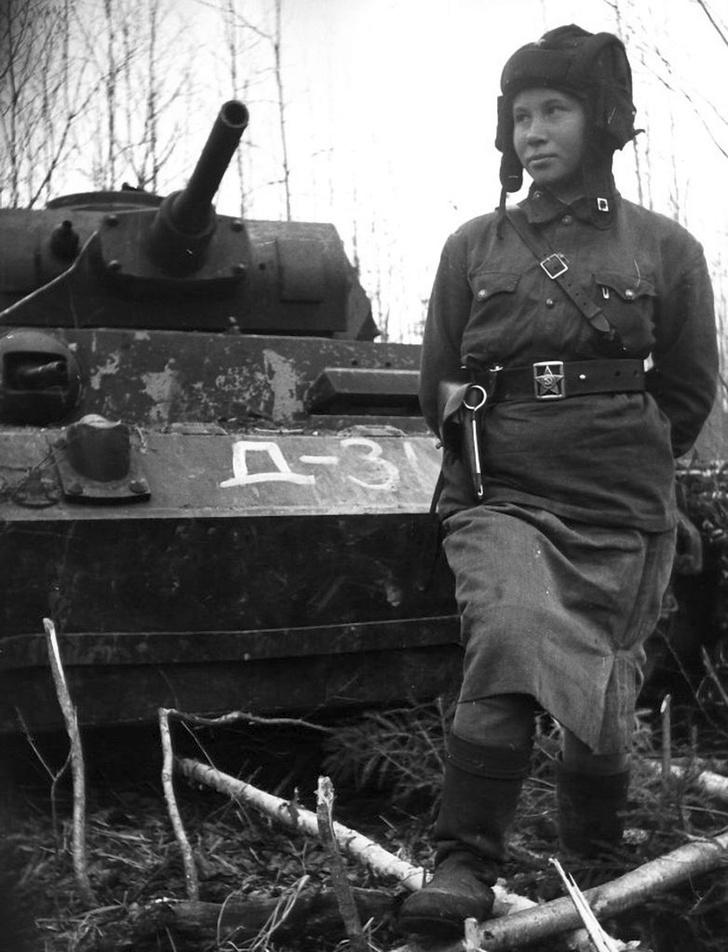 Фото №1 - Что немцу хорошо, то и Красной армии подойдет— танки вермахта с красными звездами