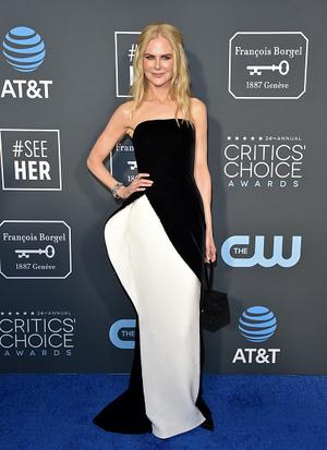 Фото №2 - 30 модных удач и провалов звезд на Critics Choice Awards 2019