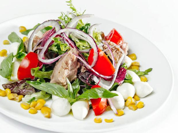 Фото №3 - 5 диетических блюд с рикоттой и моцареллой для тонкой талии