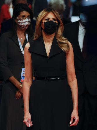Фото №11 - Лучшие образы Мелании Трамп в 2020 году