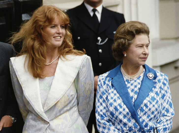 Фото №1 - Другая любимая невестка: чем Сара Фергюсон заслужила особое отношение Королевы