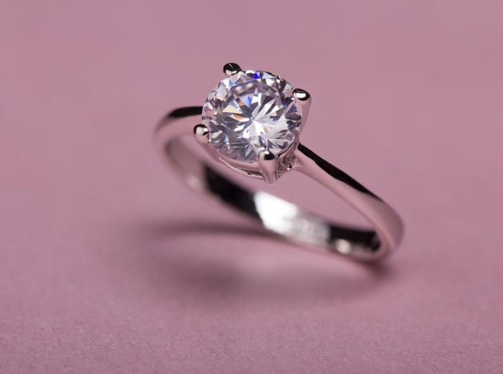 Фото №2 - 5 мифов о кольцах с бриллиантами