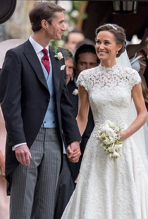 Фото №21 - 16 самых известных, красивых и дорогих свадебных платьев за всю историю