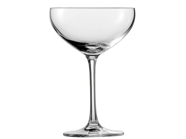 Фото №7 - Столовый этикет: как правильно подбирать бокалы под вино