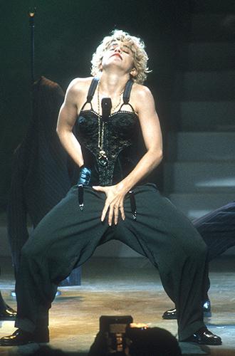 Фото №7 - Икона стиля, феминизма и музыки: как Мадонна стала главным инфлюенсером столетия