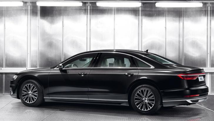 Фото №2 - Audi A8 L Security: автомобиль, который тебе могут и не продать