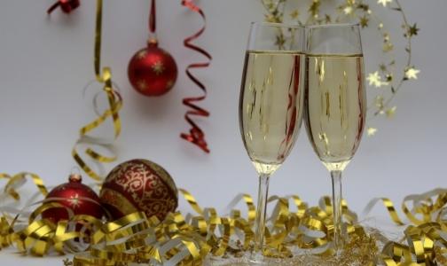 Фото №1 - Петербургские врачи не оценили идею сократить новогодние каникулы до четырех дней