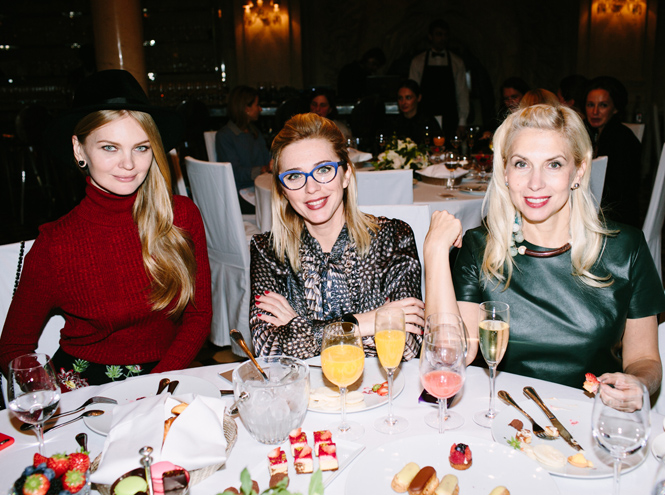Фото №9 - Выбор Marie Claire: икорница la prairie Caviar Spectaculaire