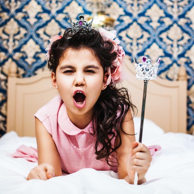 Фото №2 - Девочка-принцесса: к каким проблемам приводят розовые мечты из детства