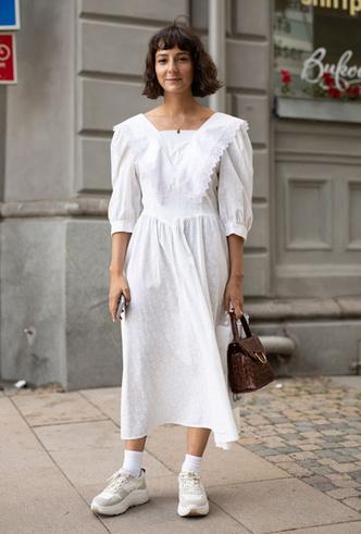 Фото №3 - Как носить белый цвет летом: 4 стильных приема