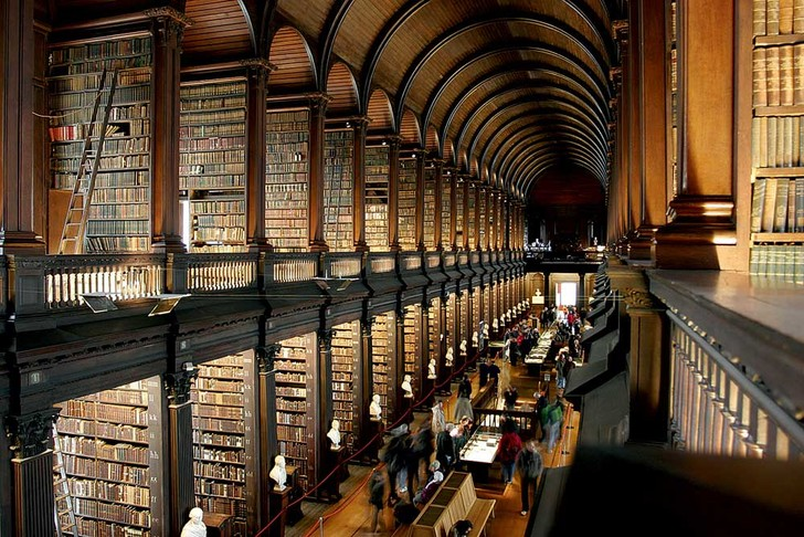 Фото №8 - Книжный мир: 12 потрясающих библиотек