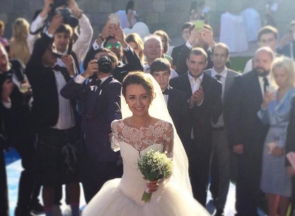 Фото №7 - #FollowMeTo: создатели проекта Мурад Османн и Наталья Захарова поженились