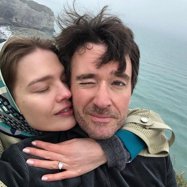 Фото №5 - Звездные пары, которые отменили свадьбы из-за коронавируса